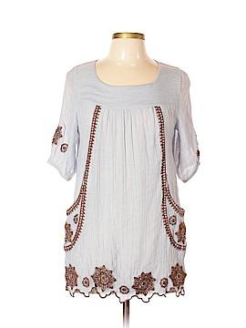 Gypsy Junkies Short Sleeve Blouse Size Lg - XL