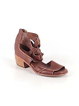 Gee WaWa Heels Size 9