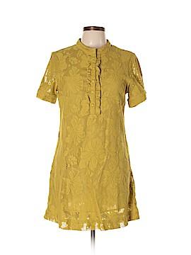 Billabong Short Sleeve Blouse Size L