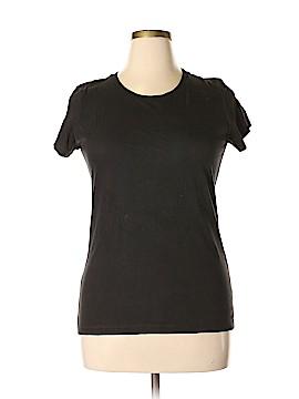 District. Short Sleeve T-Shirt Size XXL
