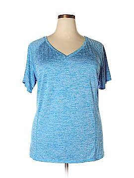 Livi Active Active T-Shirt Size 22 - 24 (Plus)