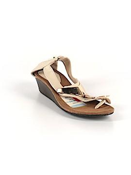 Bucco Sandals Size 8 1/2