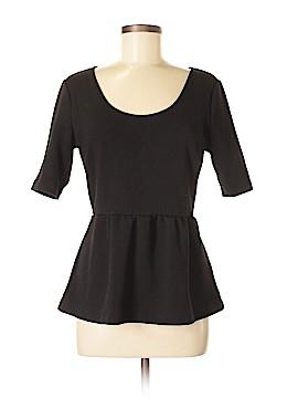 Daisy Fuentes Short Sleeve Blouse Size M