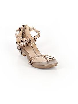 Sofft Sandals Size 7