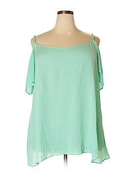 Boutique + Short Sleeve Blouse Size 2X (Plus)