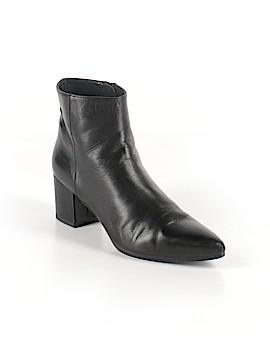Stuart Weitzman Ankle Boots Size 5 1/2