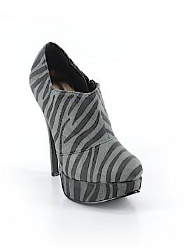 Tinley Road Heels Size 8