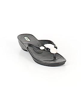 Oka B. Flip Flops Size 8 1/2 - 9 1/2