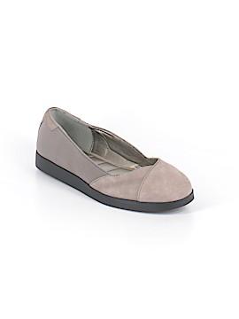 Me Too Flats Size 9 1/2