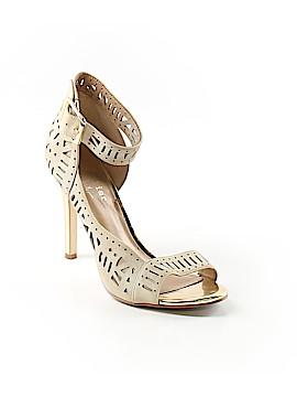 Nicole Miller Artelier Heels Size 6 1/2