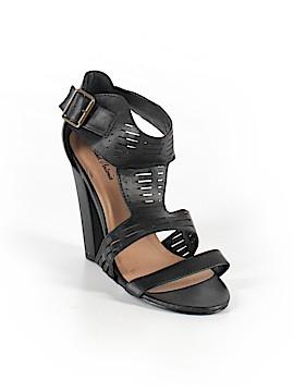 Michael Antonio Sandals Size 9