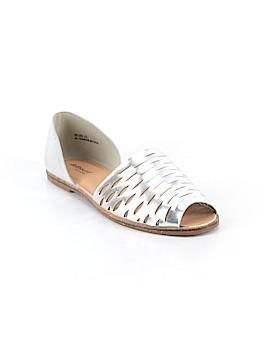 Dollhouse Sandals Size 8 1/2