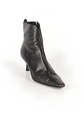 Donald J Pliner Ankle Boots Size 10
