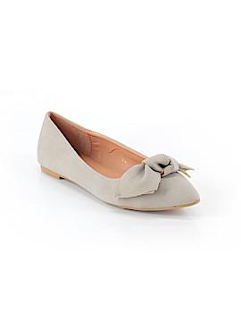 Yoki Flats Size 10