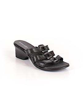 St. John's Bay Heels Size 7