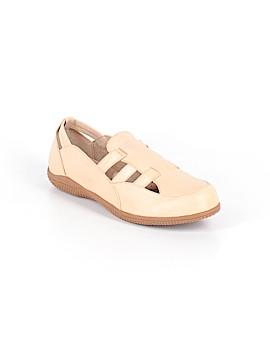 Soft Walk Flats Size 9 1/2