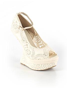 Beau Ashe Heels Size 9