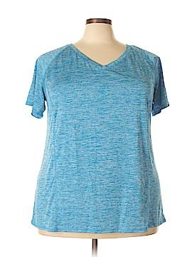 Livi Active Active T-Shirt Size 26 - 28 (Plus)