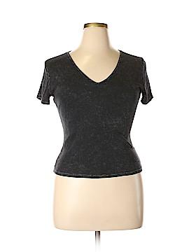 BP. Short Sleeve T-Shirt Size XL