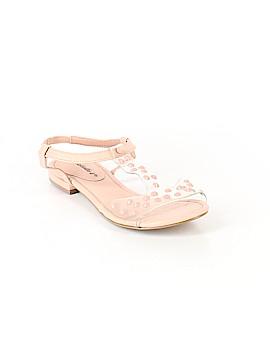 Breckelle's Sandals Size 6