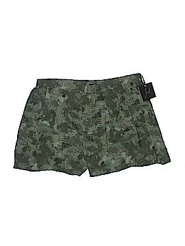 Jack. Shorts Size L