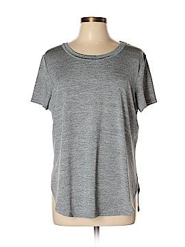 Athleta Sleeveless T-Shirt Size L