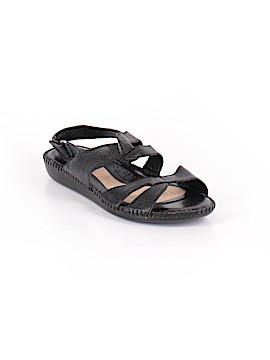 Michelle D. Sandals Size 7 1/2