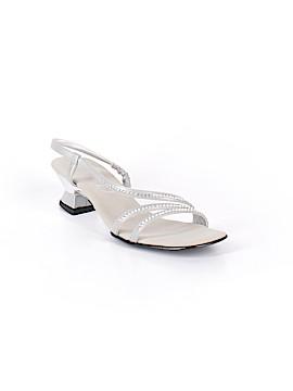 Onex Sandals Size 8