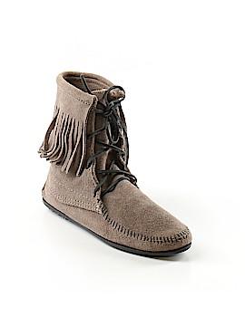 Minnetonka Ankle Boots Size 7