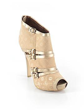 Rocawear Heels Size 8 1/2