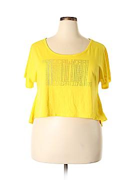 Rocawear Short Sleeve T-Shirt Size 2X (Plus)