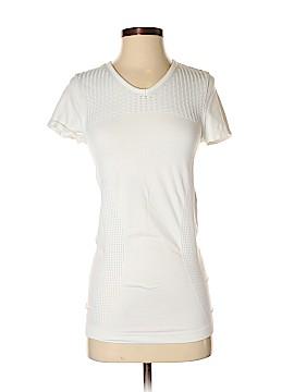 Athleta Active T-Shirt Size S