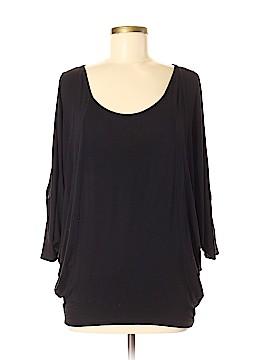 Jolie 3/4 Sleeve Top Size Med slit sleeves
