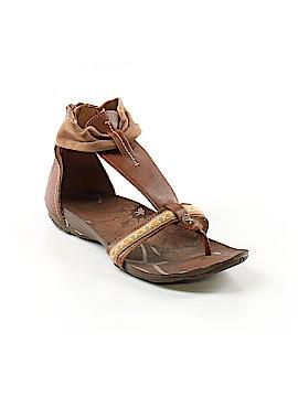 Cushe Sandals Size 7
