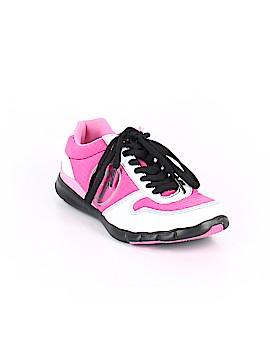 Zumba Wear Sneakers Size 6