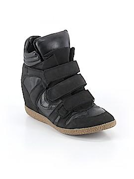 Xhilaration Sneakers Size 6