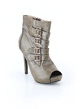 F24 Heels Size 6