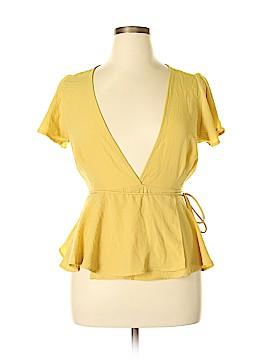 Lulu's Short Sleeve Blouse Size L