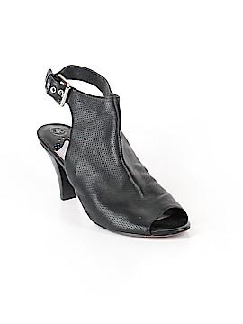 Johnston & Murphy Heels Size 7 1/2
