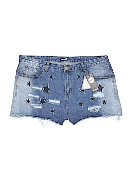 Boohoo Boutique Denim Shorts Size 18 (Plus)