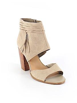 Crown Vintage Heels Size 9