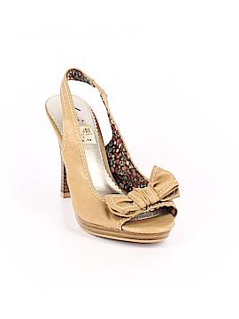 Fioni Heels Size 8