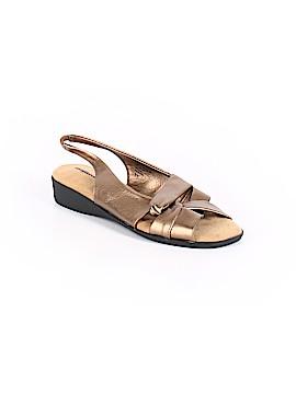 Comfortview Sandals Size 8 1/2