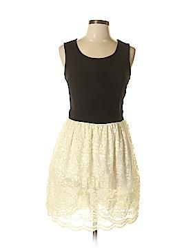 C. Luce Casual Dress Size L