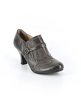 White Mountain Heels Size 8 1/2