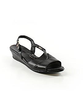 SAS Sandals Size 9 1/2