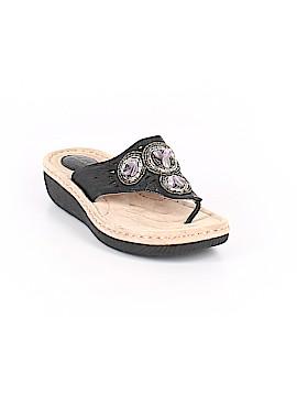 Clarks Flip Flops Size 8 1/2