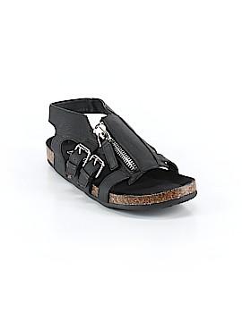 Bumper Sandals Size 6 1/2