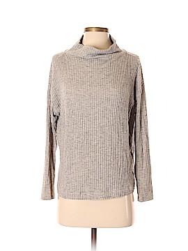 Astr Turtleneck Sweater Size S