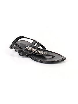 Vera Wang Sandals Size 8
